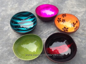 HT5759-Lacquer-coconut-bowl-made-in-Vietnam